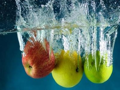 Awas Lilin Dan Bakteri! Cuci Buah Dan Sayur Tak Cukup Pakai Air Saja