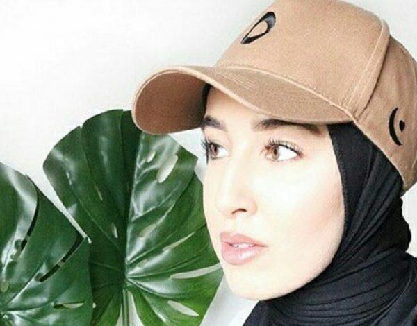 Ide Gaya Kekinian Padu Padan Hijab Dengan Topi Baseball