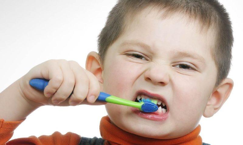 Bunda, Pahami Cara Tepat Merawat Gigi Susu Anak Agar Terhindar Dari Karies